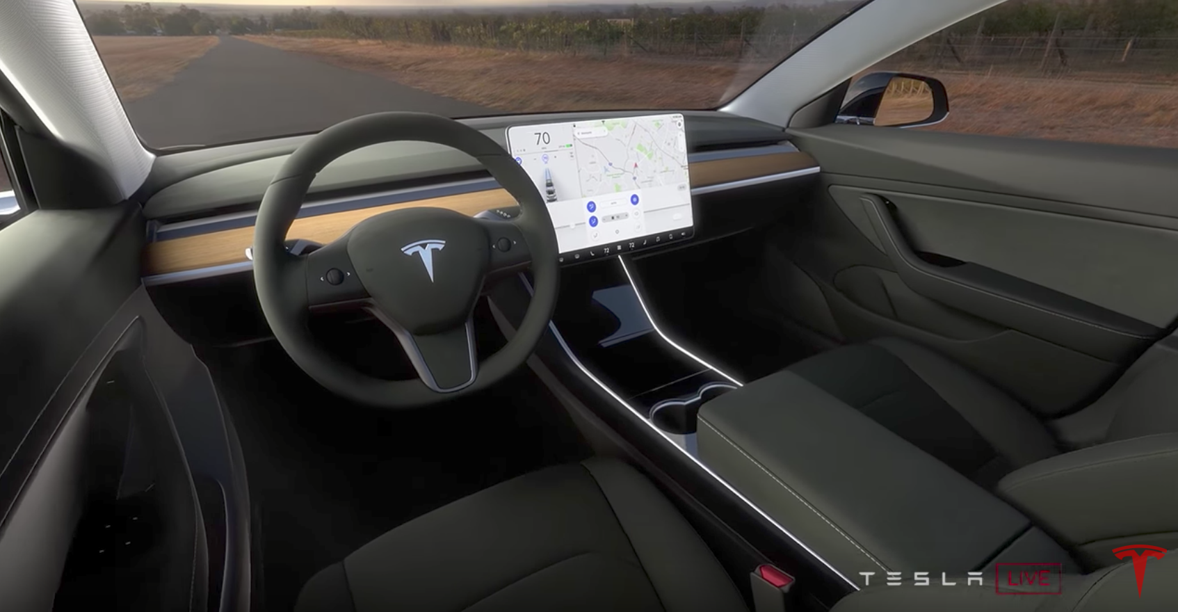 4 highlights from motor trend 39 s tesla model 3 test drive for Tesla model 3 interieur