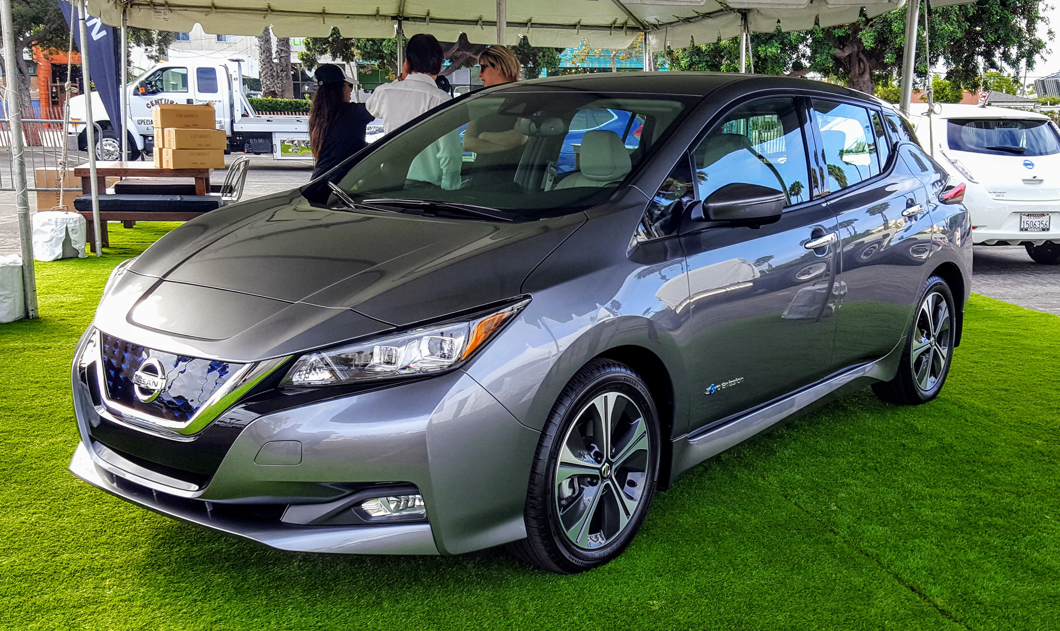what the new 2018 nissan leaf means for you cleantechnica. Black Bedroom Furniture Sets. Home Design Ideas